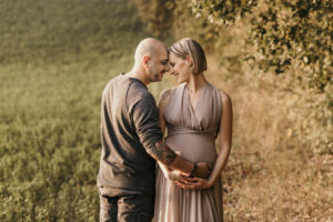 servizio-fotografico-maternita-gravidanza-foto-mamma-in-attesa-9-mesi-pancione-aspettando-te-fotografie-ancona-marche-Lavinia-Mandolini