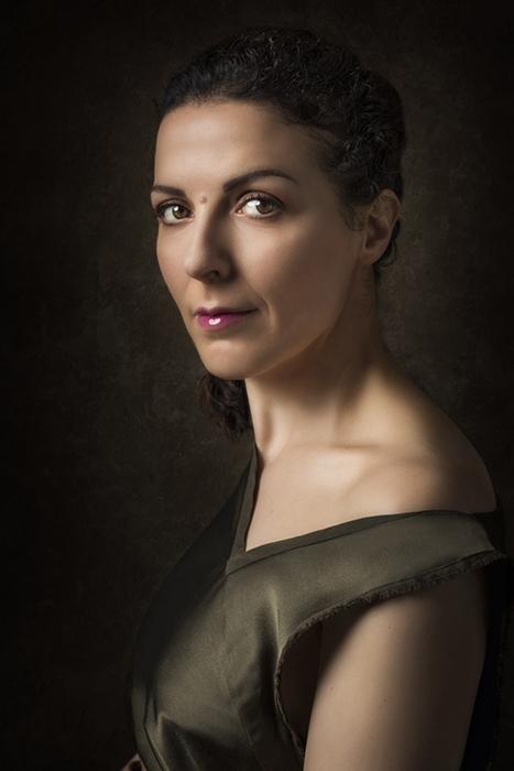 ritratti-donna-servizio-fotografico-donne-femminili-ancona-foto-woman-portrait-lavinia-mandolini